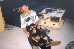 09/96 - relaxen bei Herrchen
