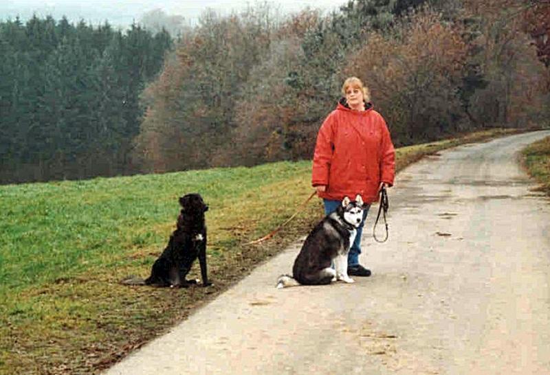 2004-12_Lucky_und_Chica_-_erster_Ausflug